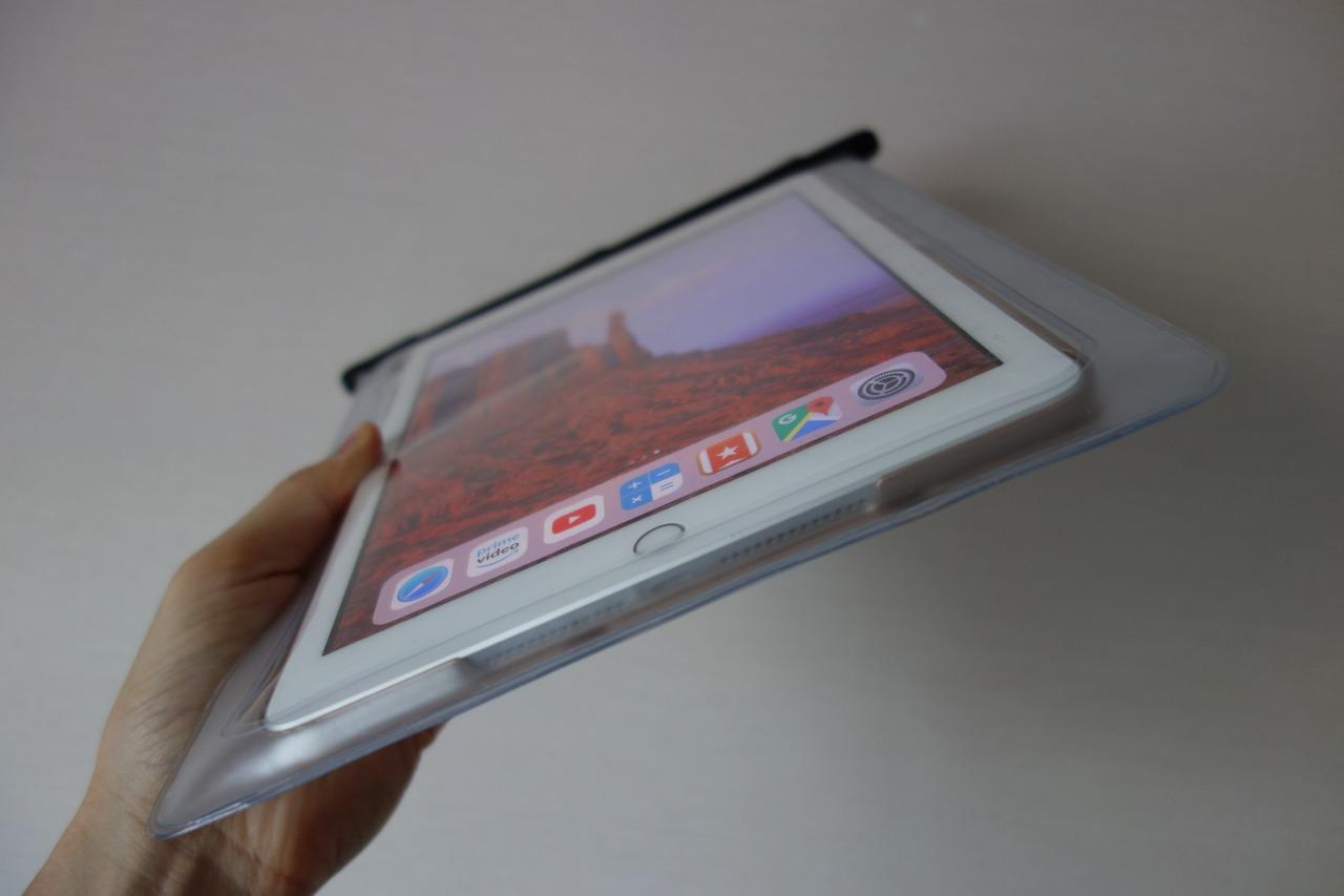 iPadケースサイド