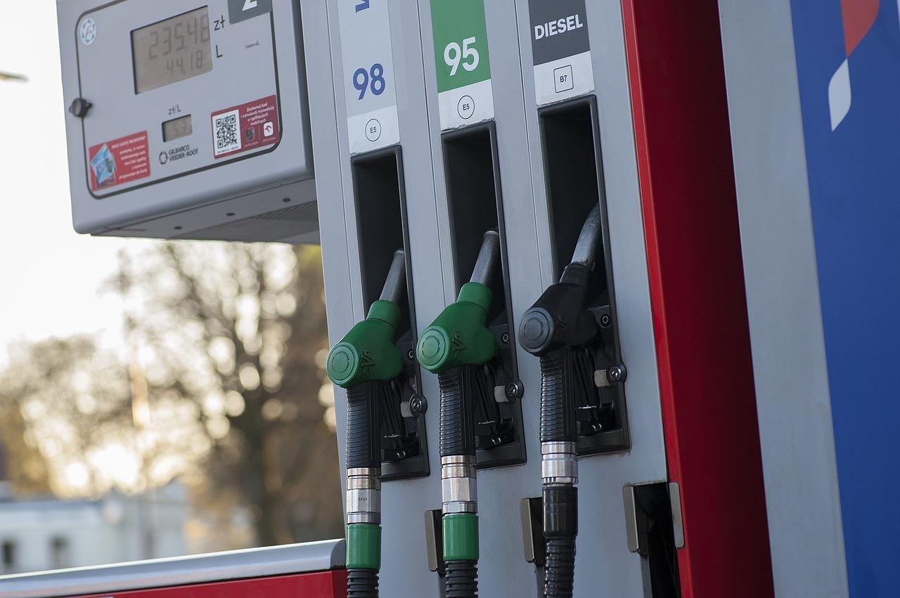 rentalcar-gas-station6