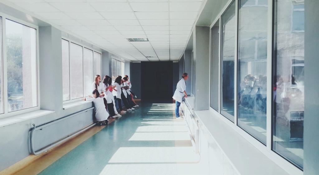 扁桃腺摘出後の状況(入院中)